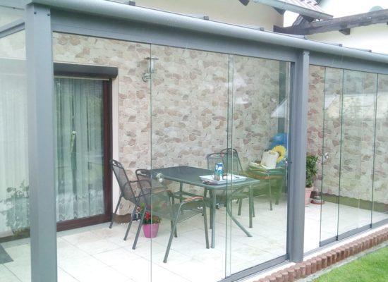 Terrassendach auf Maß mit Schiebeelementen Rahmenlos Cottbus Dresden OLE-fix