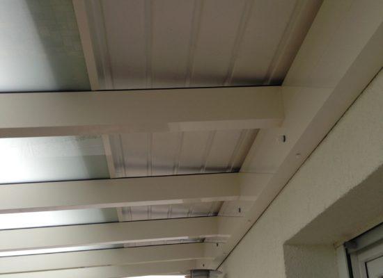 Dachkasten frei zwecks Belüftung