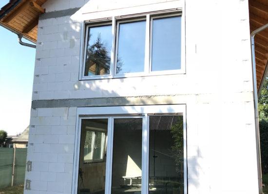 Fenster und Türen am Neubau mit OLEfix