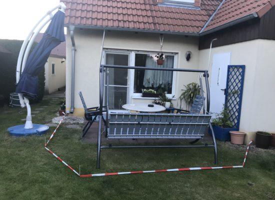 Kundenwunsch: Terrassenneubau mit großformatigen Fliesen.