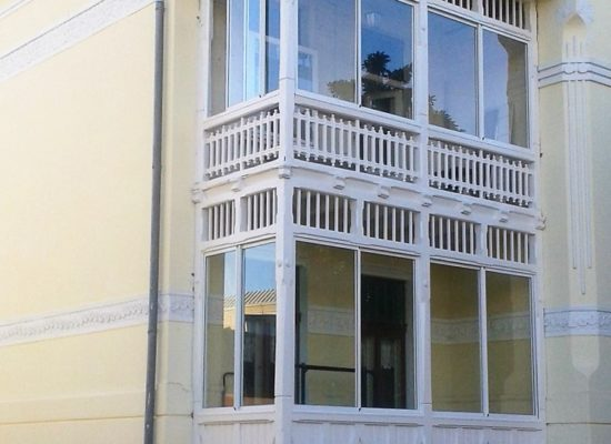 Balkonverglasung OLE-fix