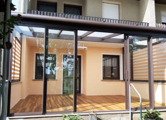 Terrassenüberdachung mit 5m Spannweite und Schiebeelementen in Riesa