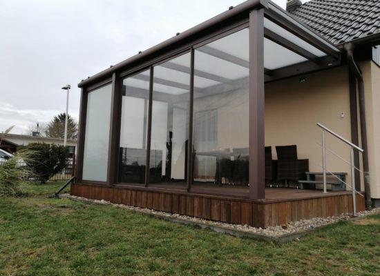 Terrassendach mit Dachsparren-Haltern