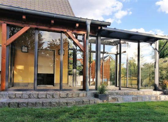 Neuer großer Terrassenbereich_Schleppdach mit Glasoase