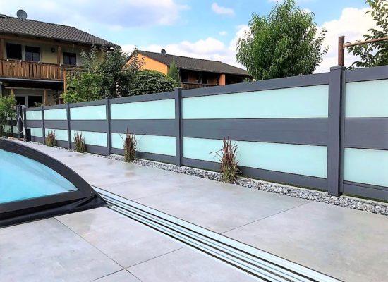 moderner ALU-Glas-Zaun als Sichtschutz, Cottbus
