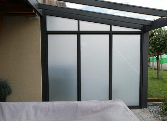 Glastrennwand mit Opalglas, Sichtschutz, Cottbus