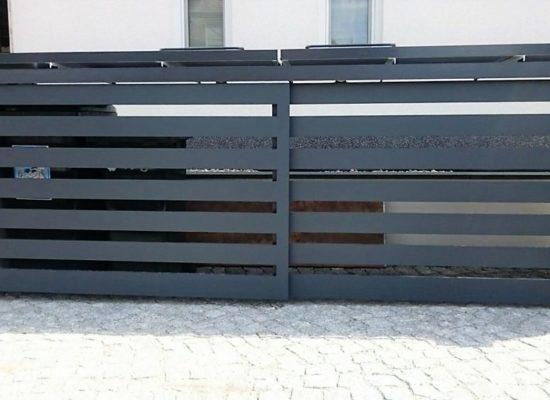 Schiebeflügel für Mülltonnenplatz