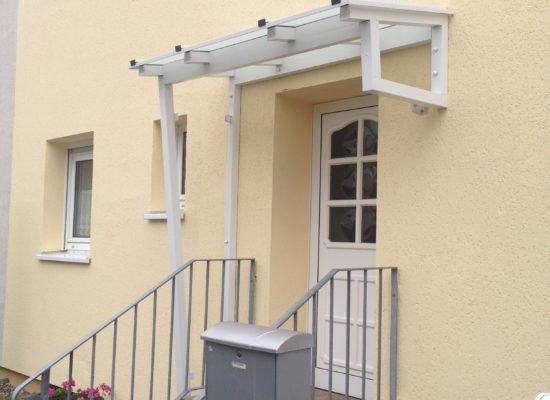 Vordach Sonderkonstruktion, Cottbus, Weiß, Glas
