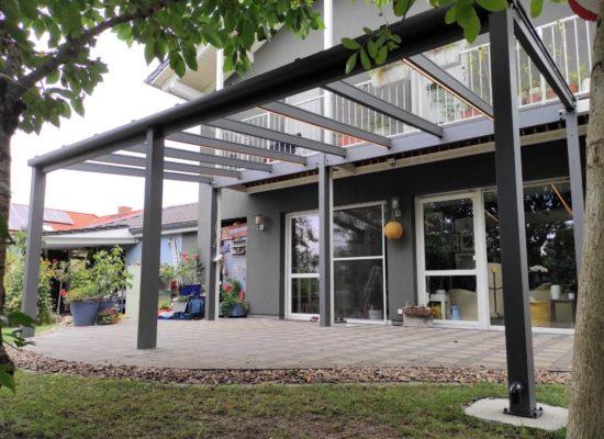 Glasdach mit LED-Stripes, Grau-Anthrazit, Südbrandenburg-Sachsen