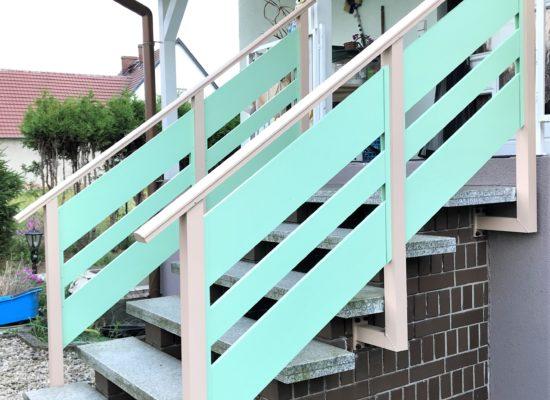 ALU-Treppengeländer, Bi-Color, zweifarbig - pulverbeschichtet, Wangenmontage