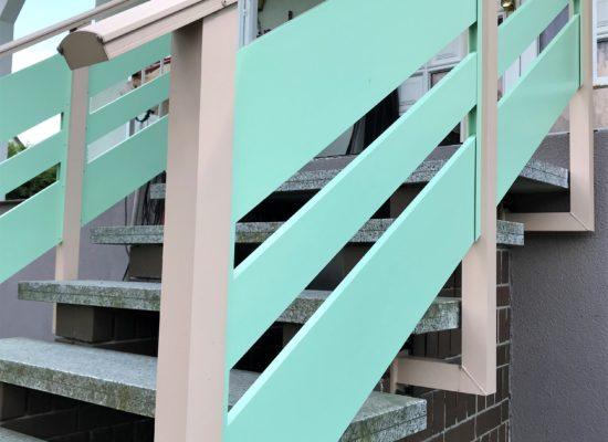 Maßgefertigtes Alu-Geländer mit Handlauf, stabil, sicher, Qualtät, 2farbig in Cottbus